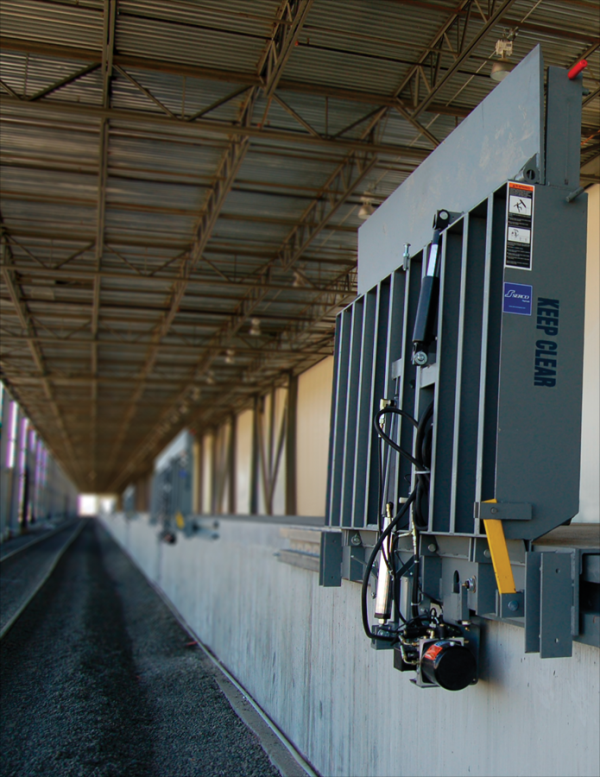 Serco Vertical Hydraulic Rail Leveler